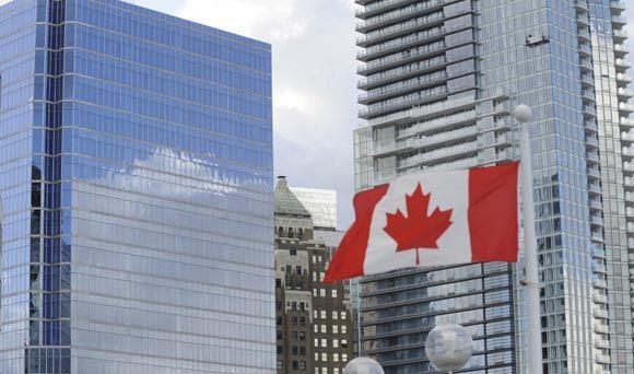 Канада решила выслать из страны российских военных