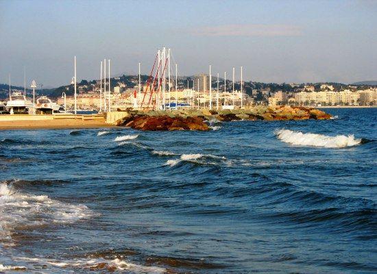 Восхищает красотой лазурный берег Прованса