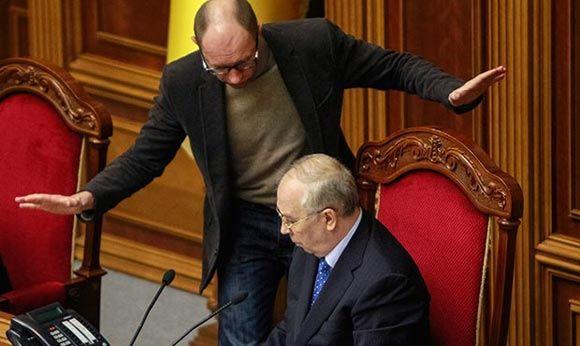 Яценюк отправится в США для переговоров по Украине