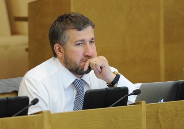 The biography of the future politician and philanthropist Grigori Anikeev began in a small village