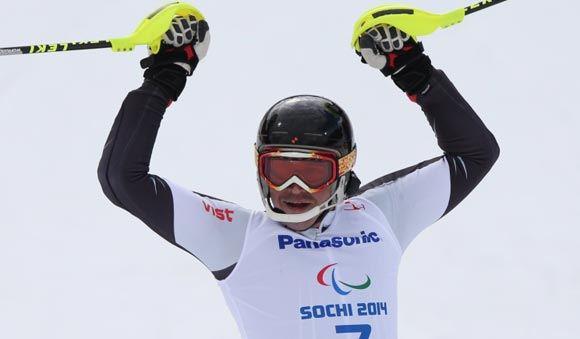 Валерий Редкозубов выиграл золотую медаль в слаломе