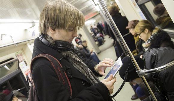 На «красной» ветке московского метро начал работу бесплатный Wi-Fi