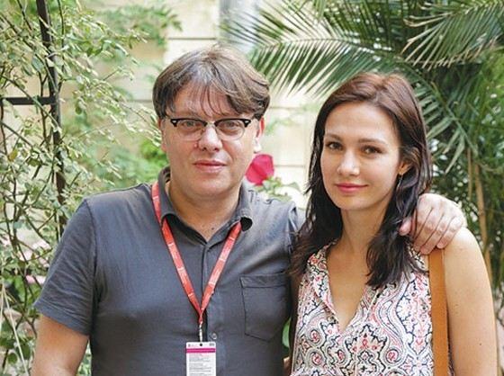 Фотографии и видео Евгения Брик, пропитанные сексом. Смотреть бесплатно