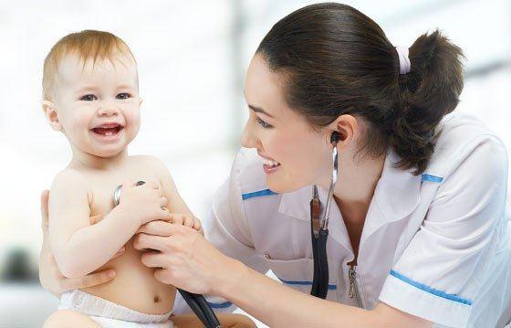В большинстве случаев дети курильщиков болеют пневмонией чаще