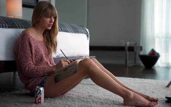 Канал VH1 назвал ноги Тейлор Свифтс самыми крутыми в шоу-бизнесе