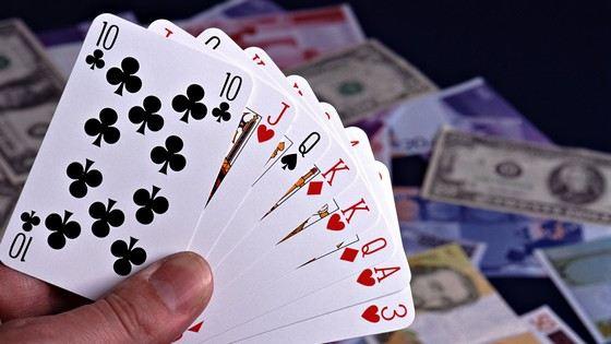 Карточные игры остаются популярными, хоть и считаются азартными