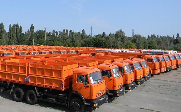 КАМАЗу вернут 43 грузовика, которые похитил «Правый сектор»