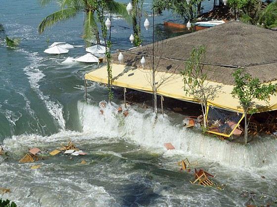Последствия гигантской волны - цунами