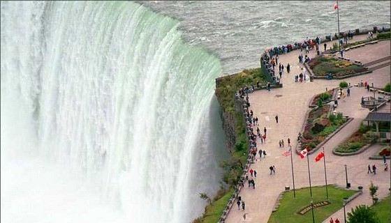 Ниагарский водопад - самый знаменитый, но не самый большой в мире