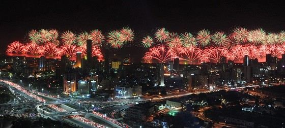 Золотой фейерверк Кувейта - самый дорогой фейерверк в мире