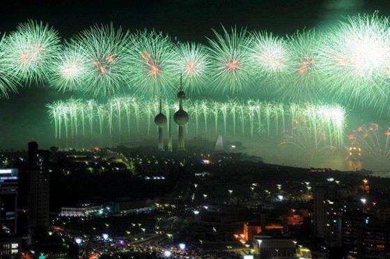 Золотой фейерверк в Кувейте в 2012 году ранее считался самым красивым салютом