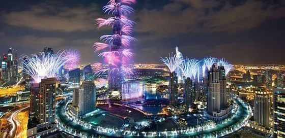 Новогодний салют в Дубаи с башни Бурдж Халиф признан самым красивым