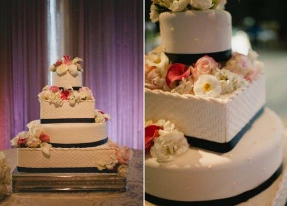 Красивый свадебный многоярусный торт