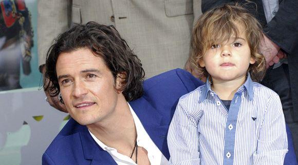 Орладно Блум пришел на церемонию открытия своей звезды с сыном
