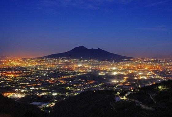 Везувий - один из самых известных вулканов