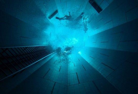 Самый глубокий открытый бассейн вмещает 2,5 млн литров воды
