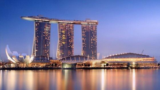 Самый большой бассейн на крыше находится в Сингапуре