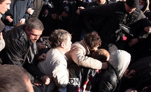 В Харькове милиция начала задерживать пророссийских активистов