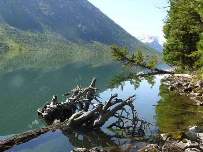 В Туве есть сеть глубоких озер Ий-Хем