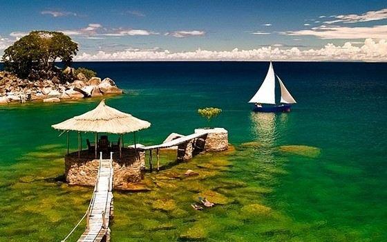 Малави - самое глубокое озеро Африки