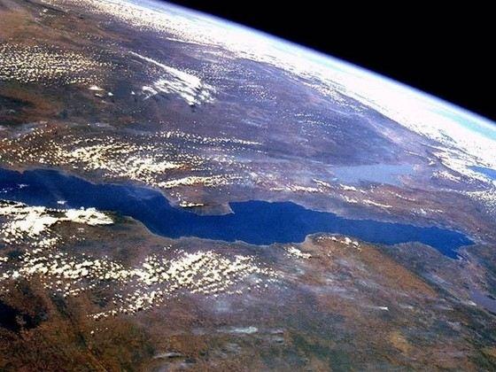Таганьика второе по глубине озеро на Земле