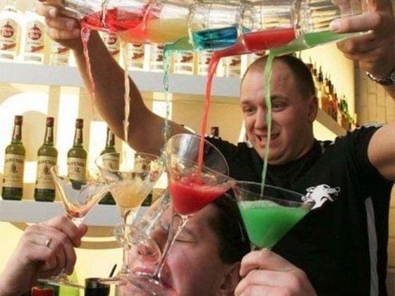 У каждого бармена есть свои секреты приготовления вкусных коктейлей