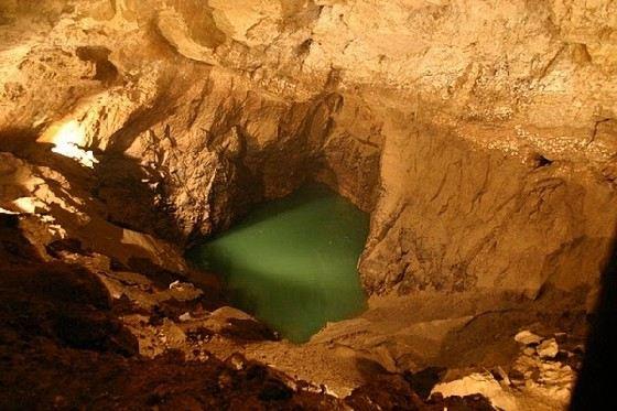 «Мамонтова пещера» - одна из самых красивых в мире