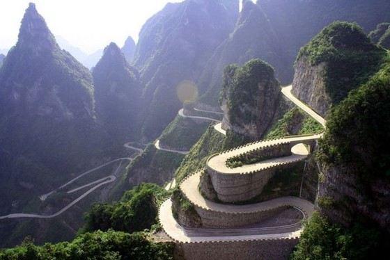 Перевал в Дуранго называют Хребтом Дьявола и считают ужасно опасной дорогой