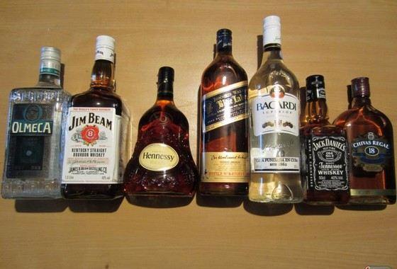 Виски, коньяк или водка - вечный спор, что крепче