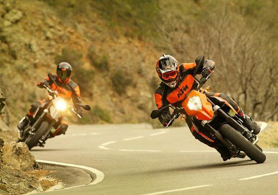Для мотоциклиста самое главное мотозащита и экипировка