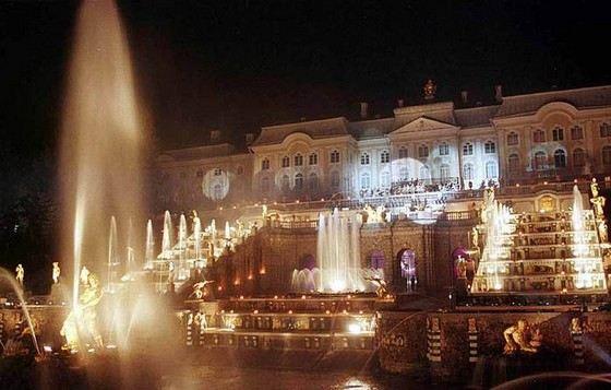Большой Каскад в Петергофе один из самых красивых комплексов фонтанов в мире