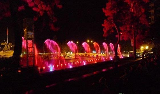 Танцующий фонтан в Анталье