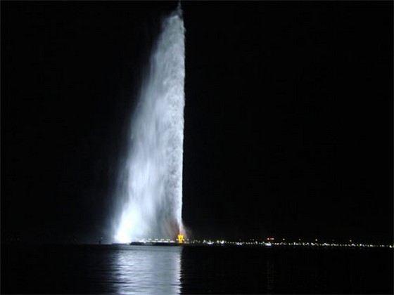 Фонтан короля Фахда считается самым большим, но не самым красивым в мире