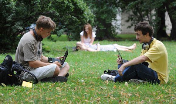 Интернетом в России пользуются 66,5 миллионов человек