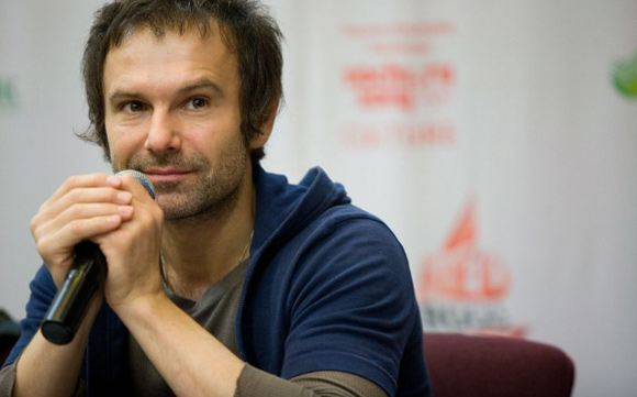 Святослав Вакарчук опроверг сообщения о том, что его группа прекращает свою деятельность