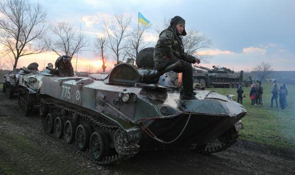 В сторону Славянска идет бронетехника
