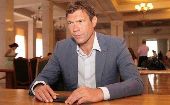 В Киеве депутата Олега Царева заблокировали в здании телеканала ICTV
