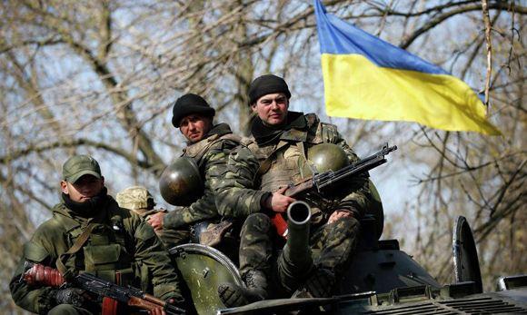 В Краматорске украинские военные ранили напавших на них сторонников федерализации