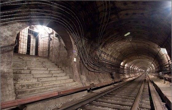 Самое глубокое российское метро в Санкт-Петербурге