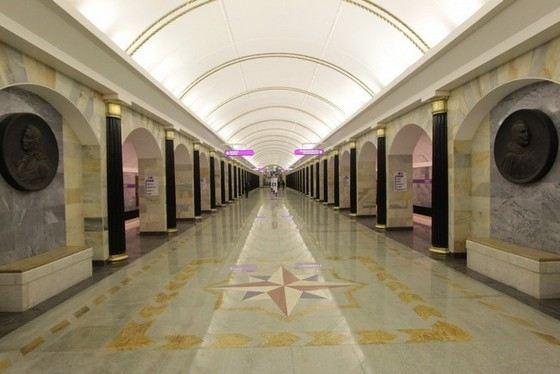 Адмиралтейская - самая глубокая станция метро в России