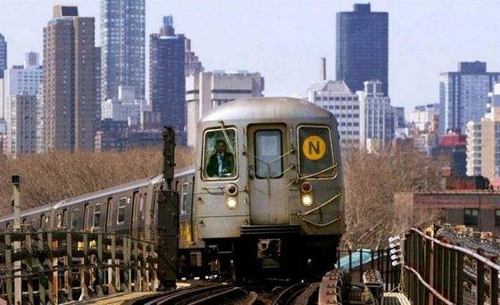 Большое Нью-Йоркское метро работает круглосуточно