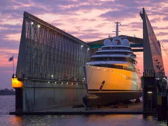 наибольшая яхта в мире 2014