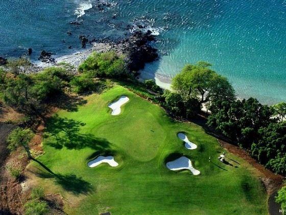 Поля для гольфа поддерживают в порядке люди с редкой профессией гринкипер
