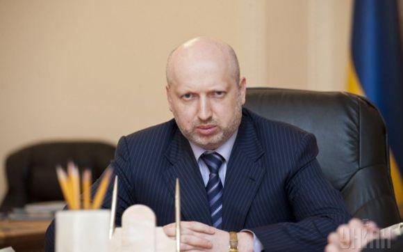 Турчинов разрешит регионам самим решать вопрос о предоставлении русскому языку официального статуса