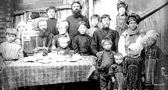 Самой старой многодетной российской мамой была крестьянка Васильева