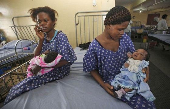Одна из женщин Нигерии стала бабушкой в 17 лет. Это мировой рекорд