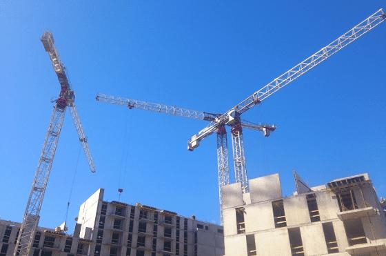 Строительство новостроек для переселенцев из хрущевок в Санкт-Петербурге