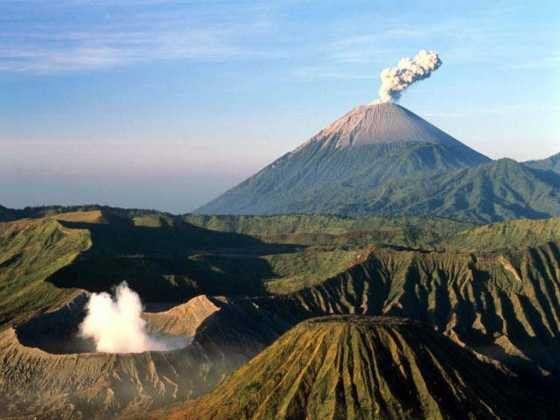 Спутники способны прогнозировать извержения вулканов