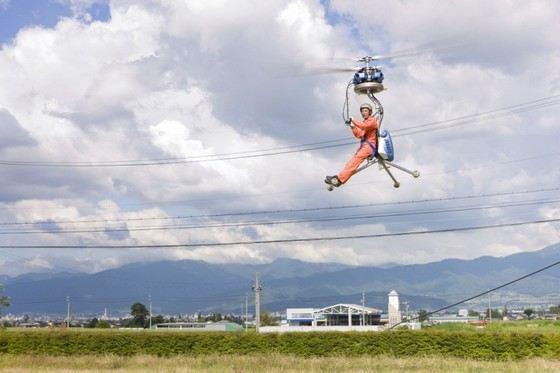 Самый маленький вертолет может поднять в небо груз в 600 кг