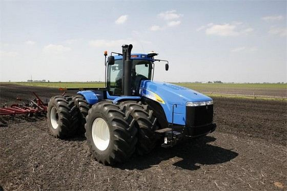 New Holland T9000 - один из самых мощных тракторов
